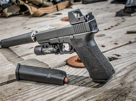 best light for glock 23 4 2017 top 3 best dot sights for glock 19 all outdoors