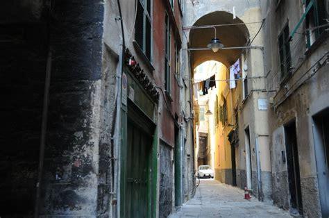 ufficio catasto savona occupazione abusiva in edificio storico 6 indagati