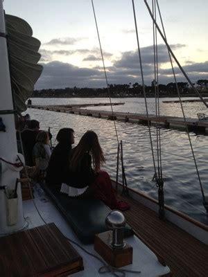 dinner boat cruise san diego sail jada san diego dinner cruise san diego boat tours