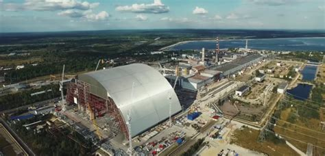 arche de tchernobyl o 249 en est le projet de confinement
