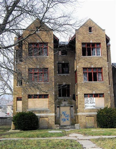 Apartment Buildings For Sale Detroit This Small Apartment Building In Detroit Is Empty