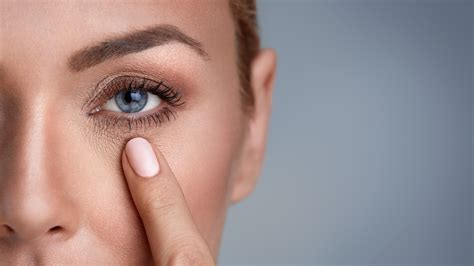 4 Things That Cause Your Eye Circles And Puffiness by Wondering How To Get Rid Of Circles Look