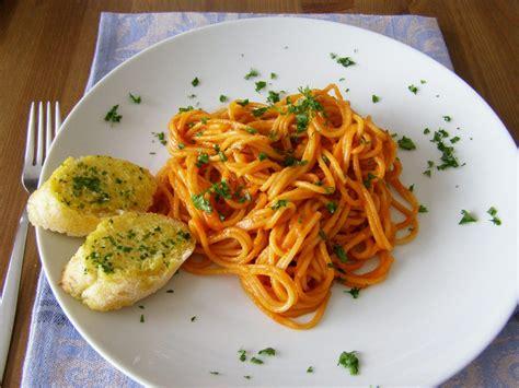 tomato pasta recipe maple spice creamy tomato pasta sauce