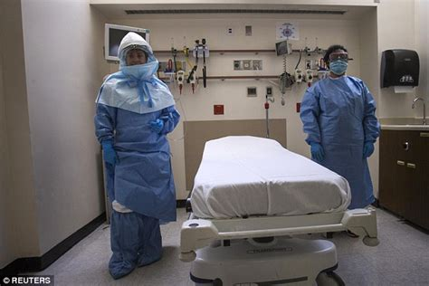 bellevue emergency room has ebola hit kansas officer being tested for deadly virus daily mail