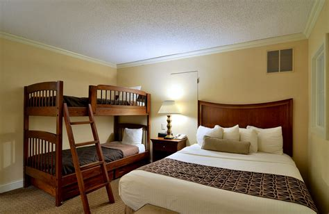 what hotels have 2 bedroom suites penthouse accommodations in lancaster pa enjoy a two