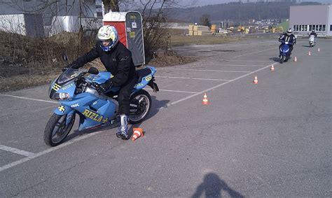 Motorradgrundkurs Muri by Fahrschule Fahrlehrer Region Hochdorf Ch Fahrschulen Mit