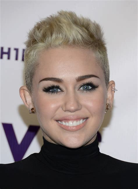 miley cyrus short haircut 2013 hottest short hairstyles get inspired by celebs looks