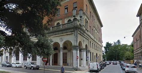 uffici postali aperti gli uffici postali sono aperti anche in agosto in piazza