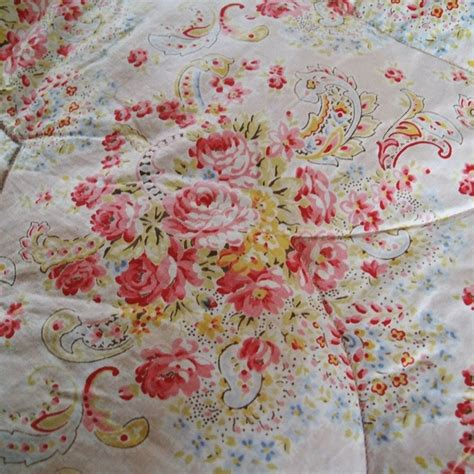 17 images about vintage style quilts and eiderdowns on