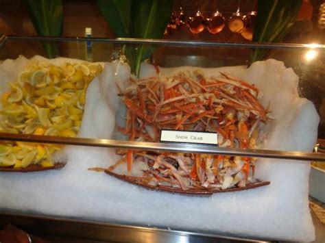 snow crab legs picture of the buffet at bellagio las