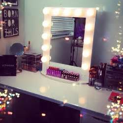Makeup Desk With Mirror And Lights Broadway Lighted Table Top Vanity Mirror From Vanity