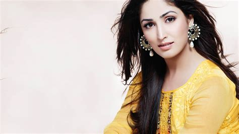 Desktop Themes Bollywood Actress | wonderful bollywood actress hd wallpapers 1366x768 on