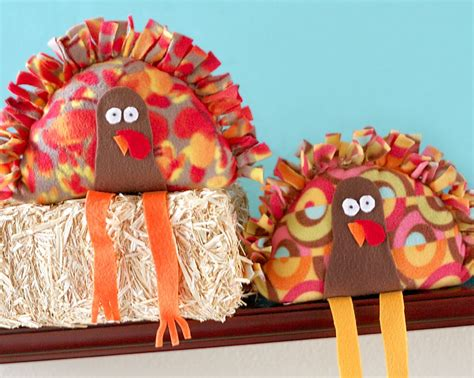 Furball With Scraft no sew stuffed turkey craft is easy just knot the fringe