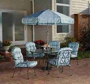 6 Chair Patio Dining Set 6 Patio Dining Set Table Glass Chairs W Umbrella Outdoor Furniture Blue What S It Worth