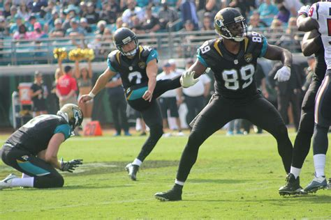 jaguars kicker texans hang on to spoil jaguars comeback 24 21 the
