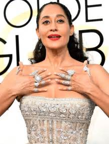 tracee ellis ross chef golden globes 2017 tracee ellis ross packs on the rings