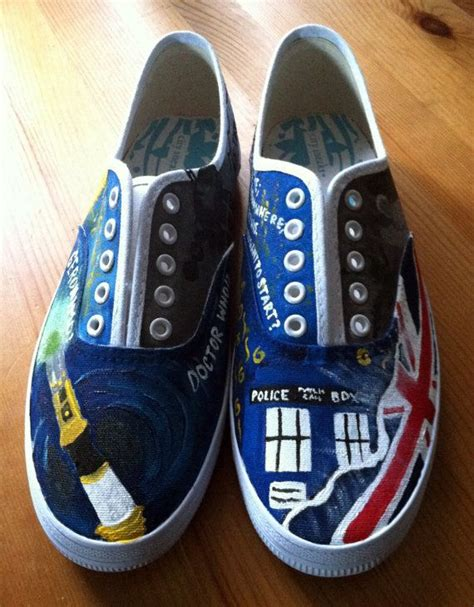 Snaker Vintage M2m doctor who painted canvas shoes crafty ideas