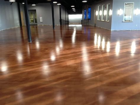 Learn about the benefits of epoxy flooring, urethane