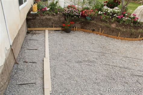 Diy Concrete Backyard by Remodelaholic Diy Concrete Patio Part One