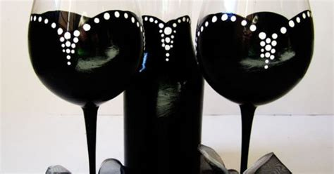 Ip30126 Set Ribbon Polka Oz hepburn inspired wine glass set black with white polka dots and ribbon 20 oz classic