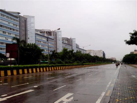 Google Complex panoramio photo of bkc road mumbai