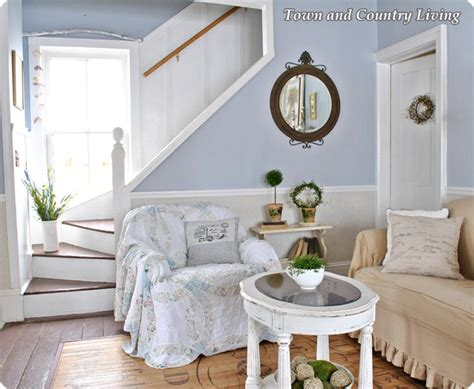 farmhouse decorating summer farmhouse decorating tips town country living