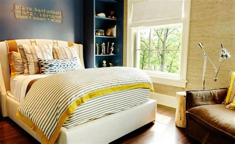yellow accent wall bedroom navy blue and yellow room design ideas