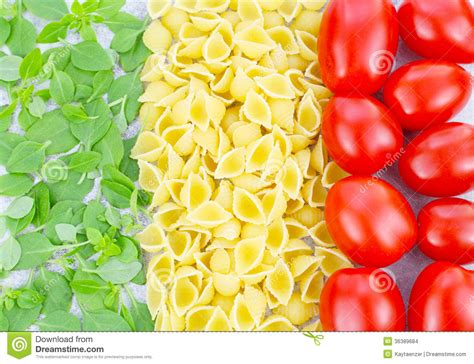 pasta basil and tomatoes stock images image 36389684