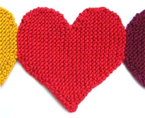 knitted heart pattern uk 10 valentines projects to knit and crochet hobbycraft blog