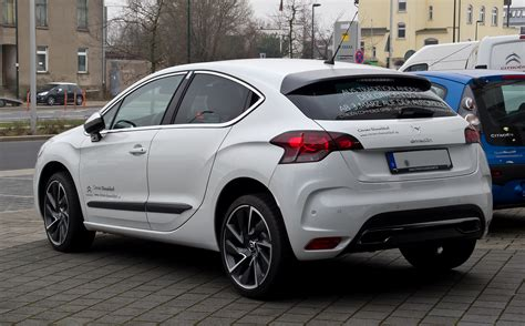 Citroen Ds4 by File Citro 235 N Ds4 Thp 200 Sportchic Heckansicht 17 M 228 Rz