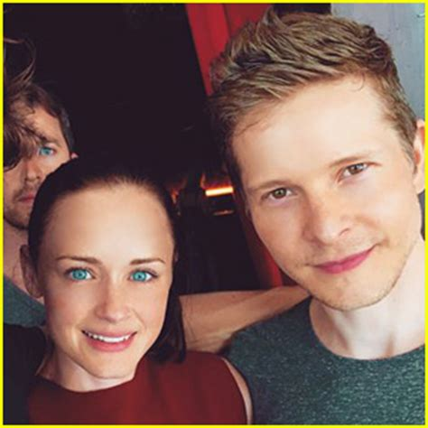 matt czuchry bledel bledel opens up about rory s on gilmore