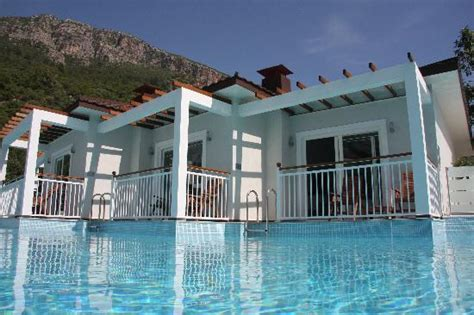 resorts with swim up rooms lagoon style swimming pool picture of mozaik boutique hotel rooms apartments oludeniz