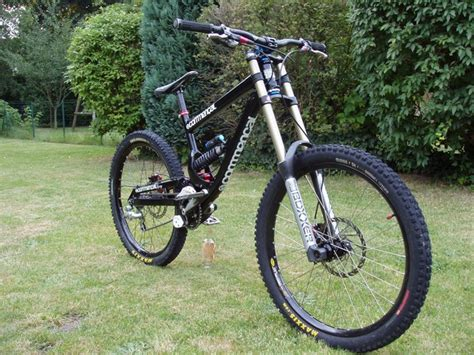 commencal supreme dh vends commencal supreme dh 2009