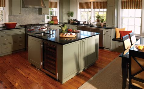kitchen cabinets with flirtatious finishes plain