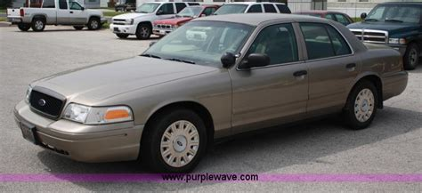 how does cars work 2005 ford crown victoria electronic throttle control 2005 ford crown victoria information and photos momentcar