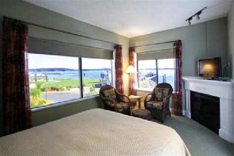 hotel suites with separate bedroom view from cannery suite separate bedroom picture of