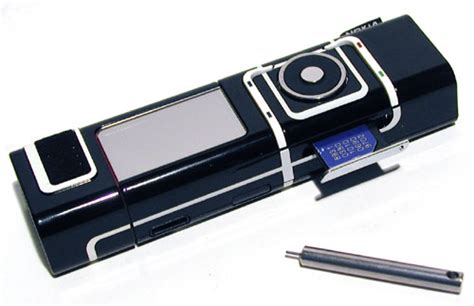 did you nokia 7280 with pin sim tray and ejector sim key popularised by iphone from 2004