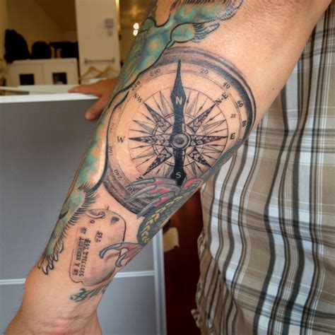 compass tattoo justin bieber fineline bg single needle compass justin turkus