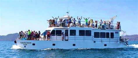 catamaran tours cost beach tour to isla tortuga from the jaco beach hotels