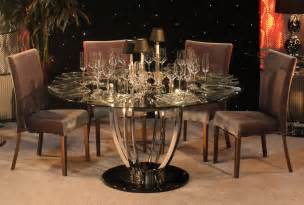 Round dining table centerpieces images