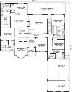 5 Bedroom House Plans With Bonus Room House Plans Bonus Rooms And Guest Rooms On Pinterest