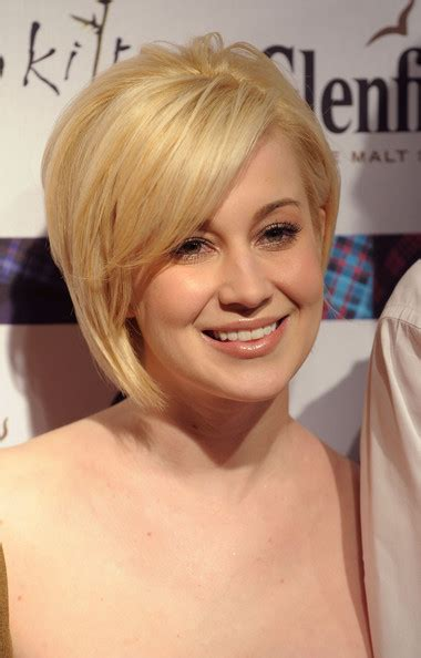 Kellie Pickler Pixie Hairstyle Photos by Pickler Pixie Hairstyle Picture Hairstyle 2013