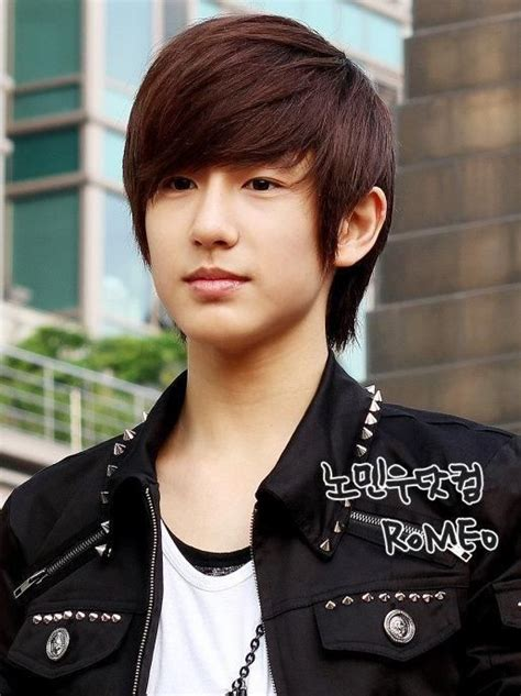 boys swept across fringe hairstyles korean man hairstyle side swept fringe men s pinterest