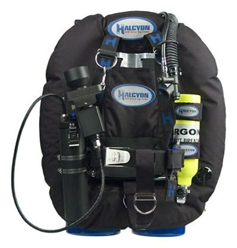 halcyon dive equipment 63 best images about dive gear on 200m