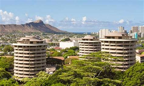 uh manoa housing living on campus university of hawaii visitor s guide