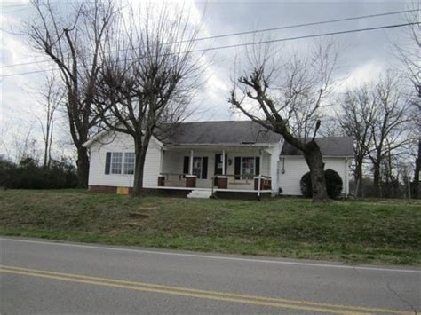 houses for sale in greenbrier tn greenbrier tennessee reo homes foreclosures in greenbrier tennessee search for reo