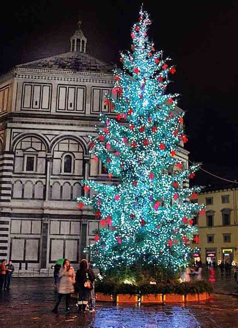 who said there s no christmas trees in italy grand