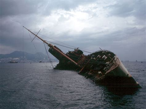 boats plus capsizing wikipedia