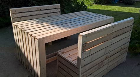 recycled pallet patio table with benches pallet ideas
