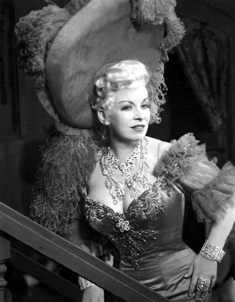Mae West by Mae West Annex
